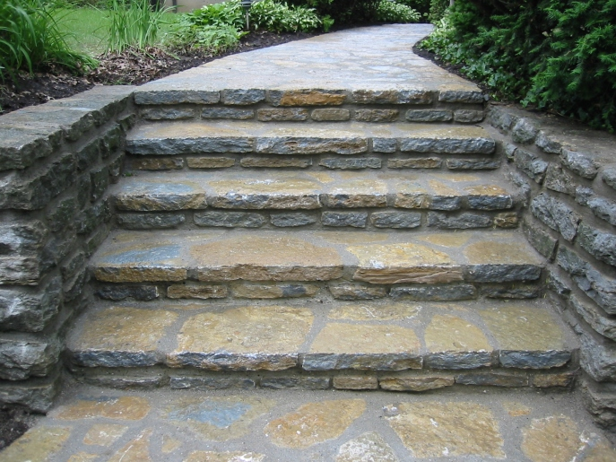 fieldstone_steps__walk_002_khhb